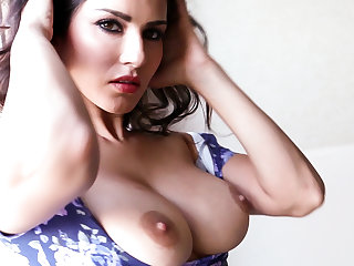 Sunny Leone strips off and bursts out of her flower dress!